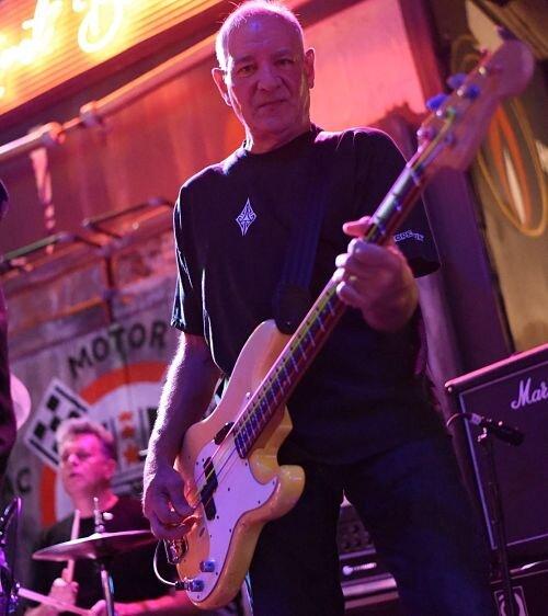 Jim Demont Fender.jpg
